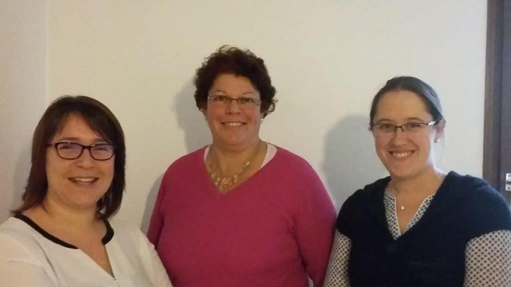 photo de Vanessa Menier à gauche, Nadine Marqué au centre, et Laëtitia Croissant à droite